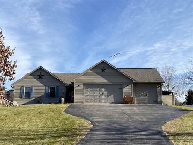 N2870 Johns Lake Road, Wautoma, WI 54982 (#50232910) :: Town & Country Real Estate