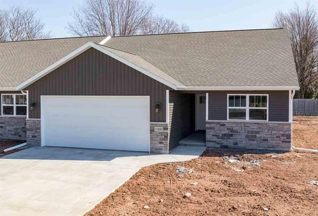 1300 Daytona Lane, Little Chute, WI 54140 (#50237515) :: Carolyn Stark Real Estate Team