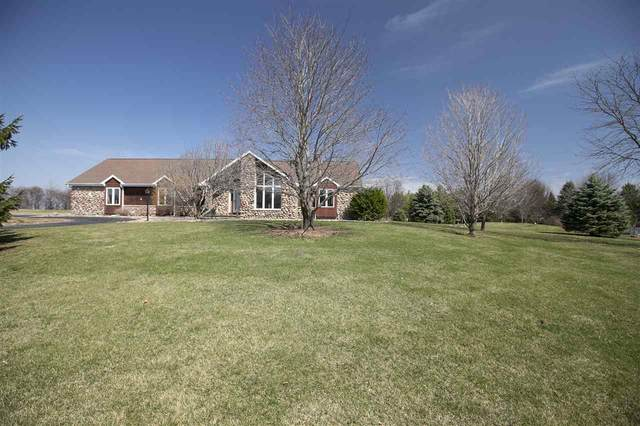 2998 Fairwinds Drive, Neenah, WI 54956 (#50238022) :: Ben Bartolazzi Real Estate Inc