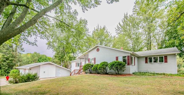 N8077 Hwy 187, Shiocton, WI 54170 (#50248290) :: Todd Wiese Homeselling System, Inc.