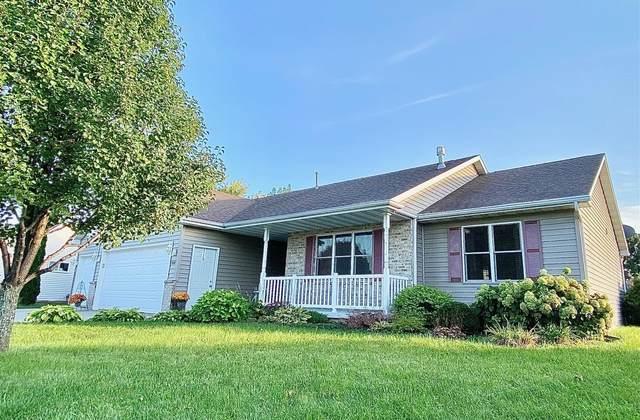 1661 W Kaylee Lane, Appleton, WI 54913 (#50248858) :: Todd Wiese Homeselling System, Inc.