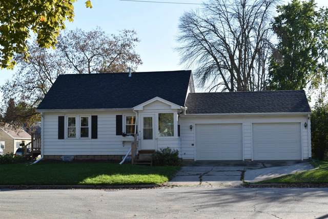 502 15TH Avenue, Green Bay, WI 54303 (#50248905) :: Todd Wiese Homeselling System, Inc.