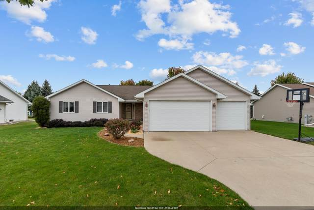 107 Green Way Drive, Combined Locks, WI 54113 (#50249451) :: Dallaire Realty