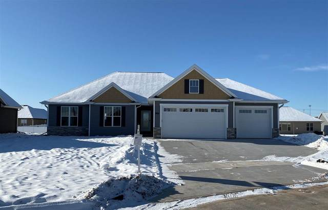 3615 Golden Hill Court, Appleton, WI 54913 (#50204304) :: Todd Wiese Homeselling System, Inc.