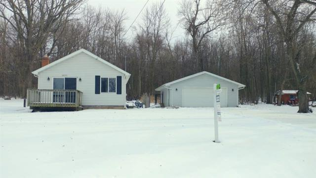N6370 Fairy Springs Road, Hilbert, WI 54129 (#50172606) :: Dallaire Realty