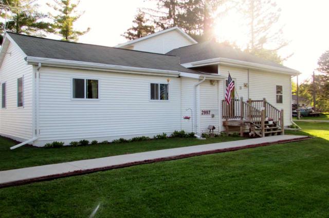 2997 Walnut Street, Abrams, WI 54101 (#50184253) :: Todd Wiese Homeselling System, Inc.