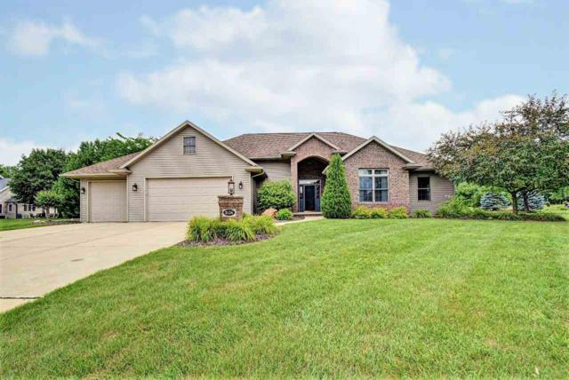 3136 Seafarer Way, Suamico, WI 54173 (#50189402) :: Symes Realty, LLC