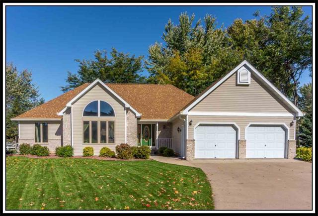 1406 Parkview Drive, New London, WI 54961 (#50189689) :: Dallaire Realty