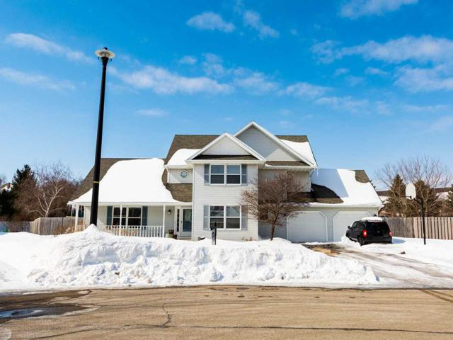 711 Red Cedar Court, De Pere, WI 54115 (#50195798) :: Todd Wiese Homeselling System, Inc.