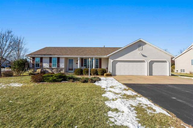 N2325 Joan Street, Greenville, WI 54942 (#50196910) :: Dallaire Realty