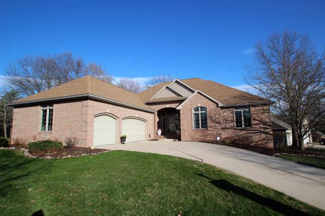 1905 E Gothic Circle, Green Bay, WI 54313 (#50197682) :: Dallaire Realty