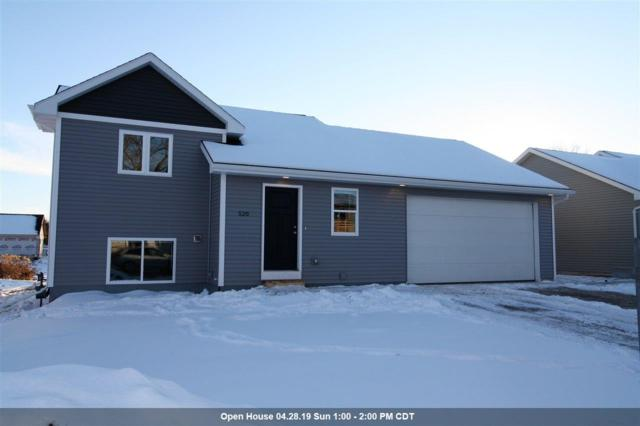 517 Southridge Drive, New London, WI 54961 (#50198214) :: Todd Wiese Homeselling System, Inc.