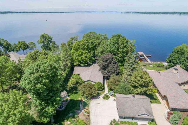 7107 Clarks Point Road, Winneconne, WI 54986 (#50202596) :: Symes Realty, LLC