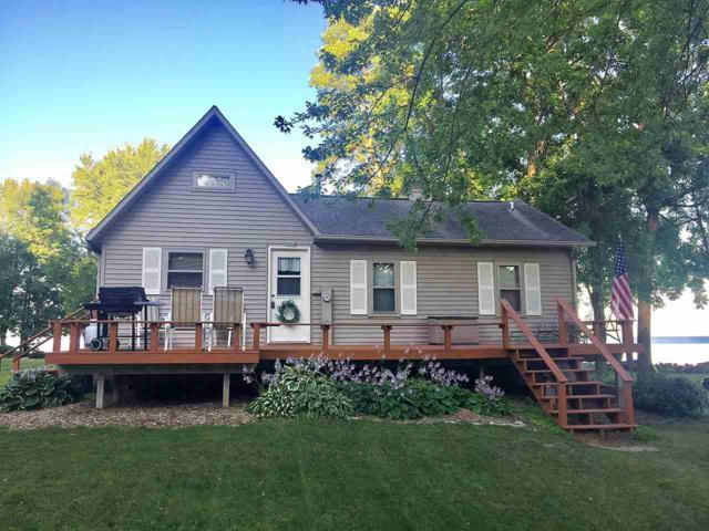 2014 Cottage Road, Little Suamico, WI 54141 (#50205927) :: Dallaire Realty