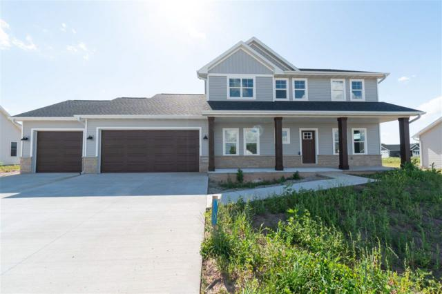N9371 Touchdown Drive, Appleton, WI 54915 (#50206412) :: Dallaire Realty
