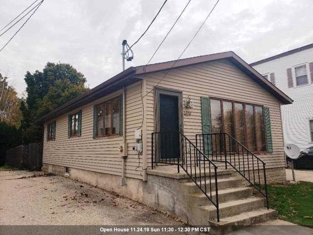 409 Fond Du Lac Street, Mount Calvary, WI 53057 (#50213017) :: Todd Wiese Homeselling System, Inc.