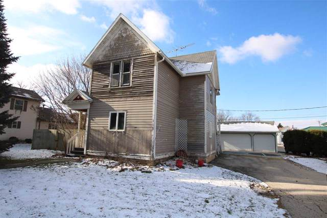 118 S 1ST Street, Oakfield, WI 53065 (#50214525) :: Todd Wiese Homeselling System, Inc.