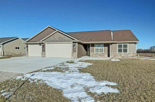 W6724 Design Drive, Greenville, WI 54942 (#50215297) :: Todd Wiese Homeselling System, Inc.