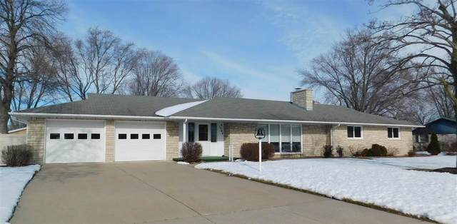 1564 Red Maple Road, De Pere, WI 54115 (#50216889) :: Todd Wiese Homeselling System, Inc.