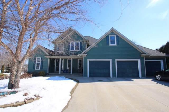 220 Donovan Circle, Rosendale, WI 54974 (#50218100) :: Todd Wiese Homeselling System, Inc.