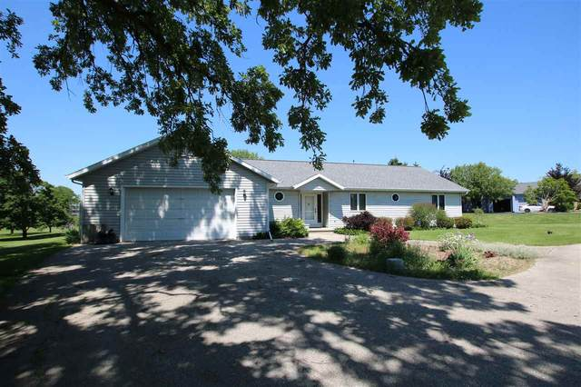 N5544 Winnvue Court, Fond Du Lac, WI 54937 (#50223616) :: Carolyn Stark Real Estate Team