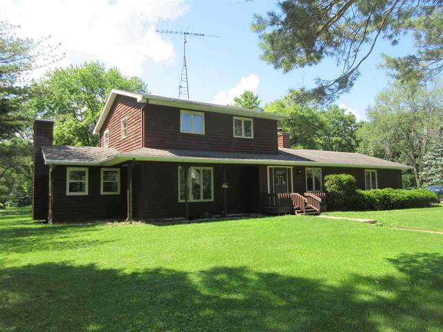 3877 Apple Lane, Oshkosh, WI 54902 (#50227629) :: Ben Bartolazzi Real Estate Inc