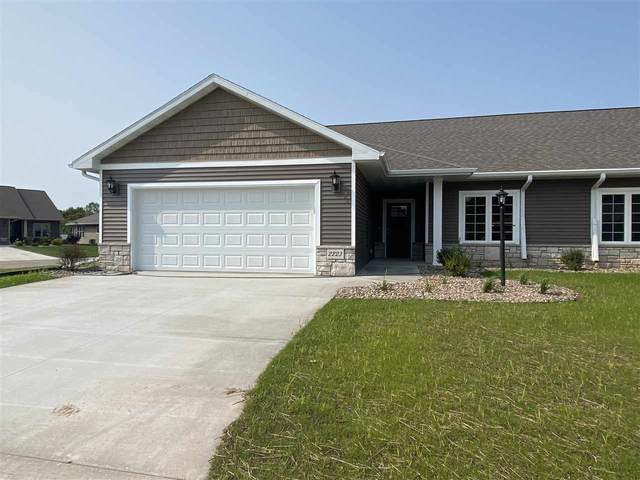 2223 Mahogany Trail #25, De Pere, WI 54115 (#50228937) :: Todd Wiese Homeselling System, Inc.