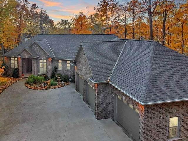 2860 River Forest Hills Drive, Pulaski, WI 54162 (#50231271) :: Dallaire Realty