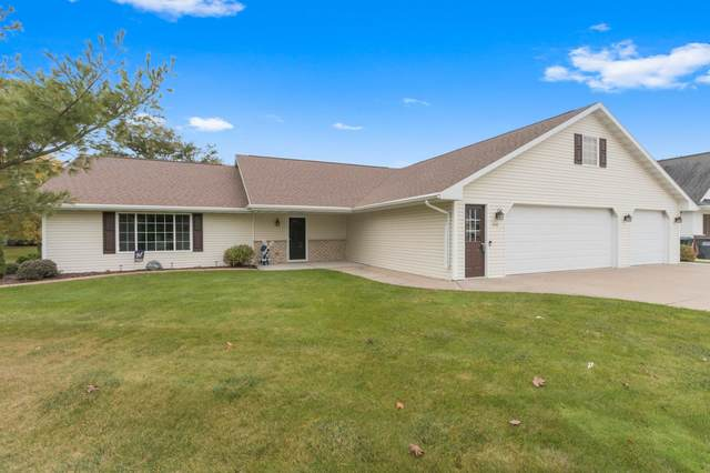 330 Winchester Drive, Seymour, WI 54165 (#50249551) :: Todd Wiese Homeselling System, Inc.