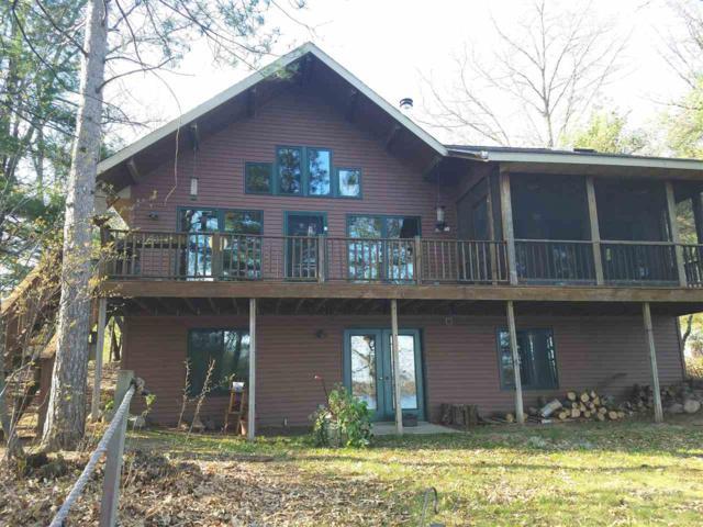 E1843 Hoffman Lane, Iola, WI 54945 (#50173183) :: Symes Realty, LLC