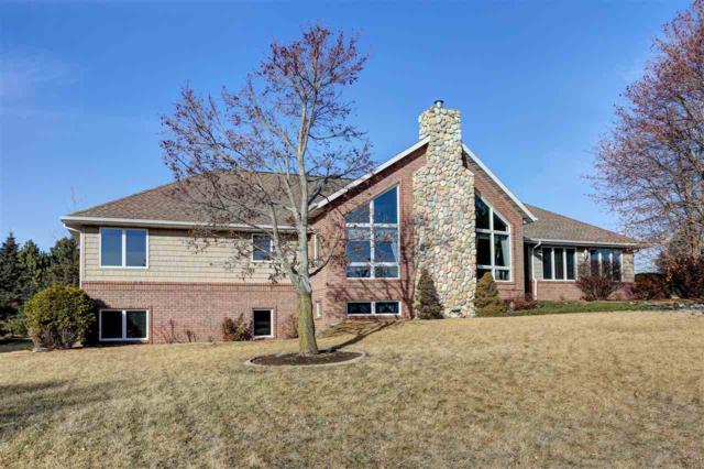 143 Kelly Way, Hortonville, WI 54944 (#50178341) :: Dallaire Realty