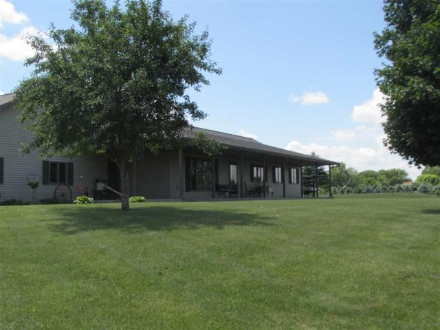 W3983 Krueger Road, Appleton, WI 54913 (#50180733) :: Symes Realty, LLC