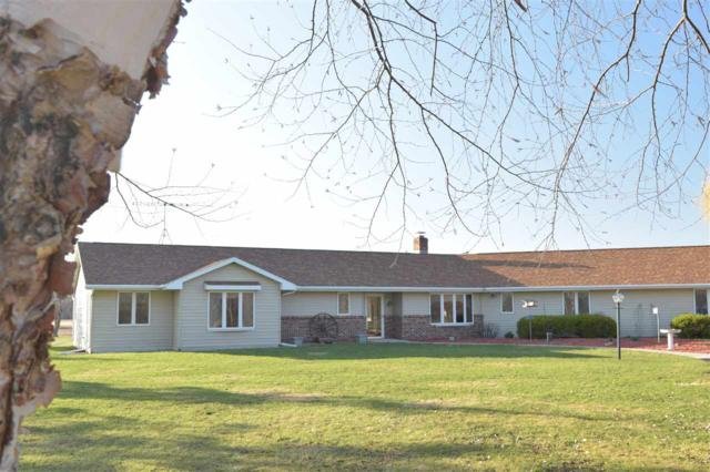 6412 Dowling Road, Omro, WI 54963 (#50182943) :: Todd Wiese Homeselling System, Inc.