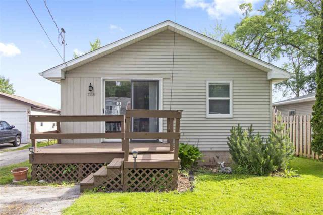 5528 W Reighmoor Road, Omro, WI 54963 (#50185772) :: Dallaire Realty