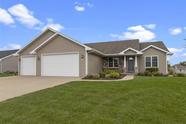 W7233 Moonlight Drive, Greenville, WI 54942 (#50192152) :: Symes Realty, LLC
