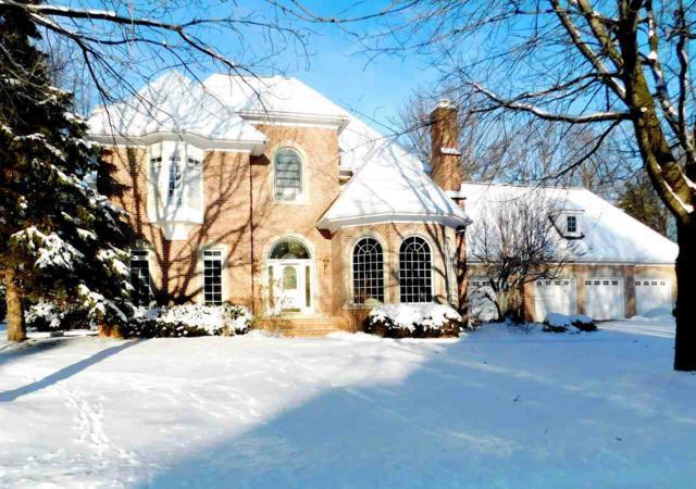 2636 Good Shepherd Lane, Green Bay, WI 54313 (#50194944) :: Todd Wiese Homeselling System, Inc.