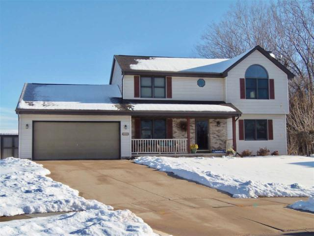 2400 Nicole Court, Oshkosh, WI 54904 (#50196441) :: Todd Wiese Homeselling System, Inc.