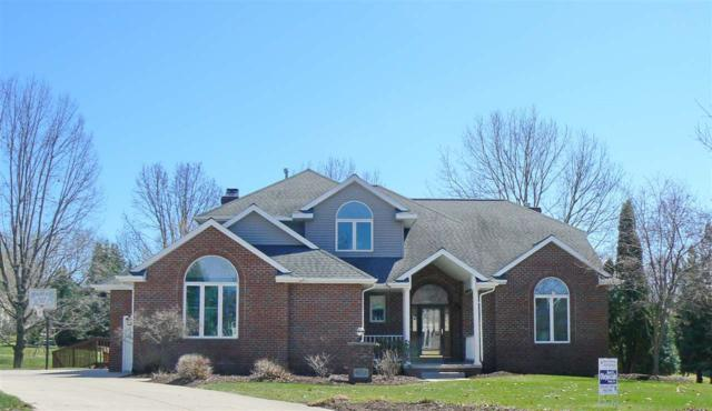 3127 Squire Court, Green Bay, WI 54313 (#50200815) :: Todd Wiese Homeselling System, Inc.