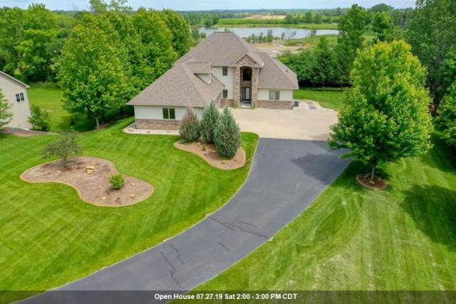 1298 Hoot Owl Court, Neenah, WI 54956 (#50203465) :: Dallaire Realty