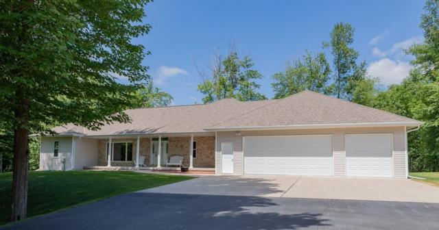 5940 Wood Brook Circle, Little Suamico, WI 54141 (#50206414) :: Symes Realty, LLC