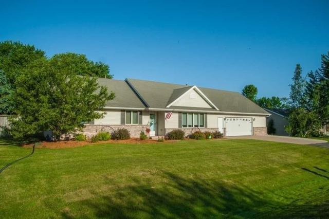 N9615 Emerald Lane, Appleton, WI 54915 (#50206903) :: Dallaire Realty