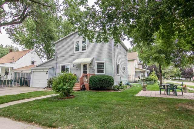 904 W Hawes Avenue, Appleton, WI 54914 (#50209643) :: Todd Wiese Homeselling System, Inc.