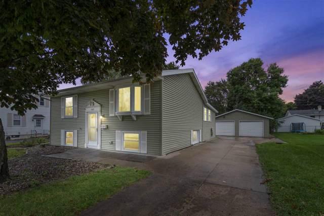 1137 W Grant Street, Appleton, WI 54914 (#50210902) :: Todd Wiese Homeselling System, Inc.