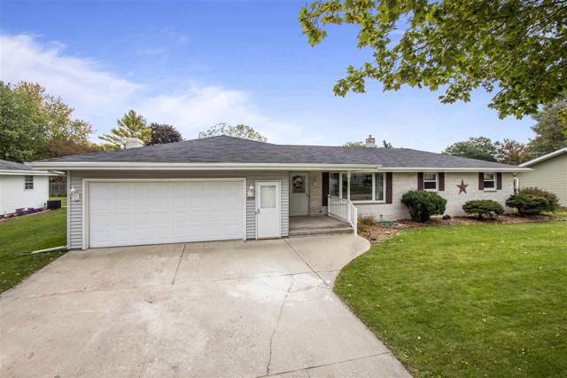 1808 Taylor Street, Little Chute, WI 54140 (#50212567) :: Todd Wiese Homeselling System, Inc.