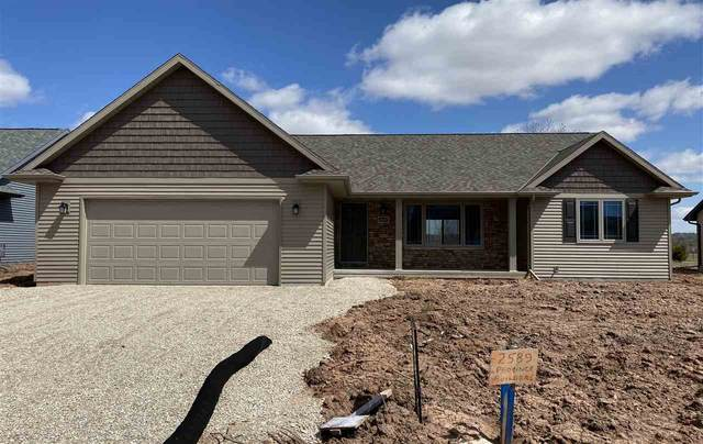 2589 Scarlet Oak Circle, De Pere, WI 54115 (#50214932) :: Todd Wiese Homeselling System, Inc.