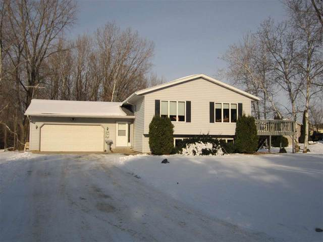 W7752 Rolling Hills Drive, Shawano, WI 54166 (#50214937) :: Todd Wiese Homeselling System, Inc.