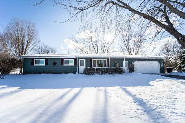 N2534 Brittany Lane, Waupaca, WI 54981 (#50216261) :: Dallaire Realty