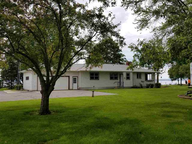 N8205 Cottage Drive, Fond Du Lac, WI 54937 (#50221883) :: Todd Wiese Homeselling System, Inc.