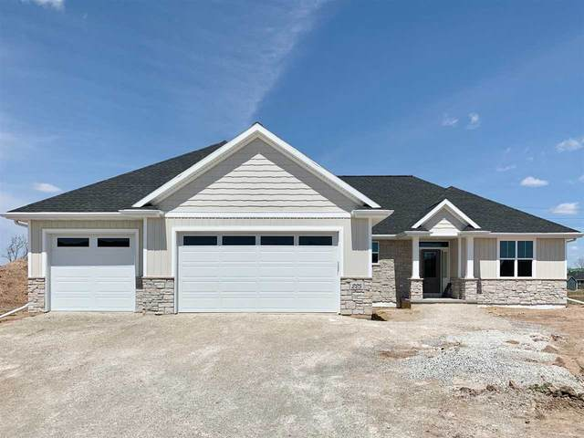 225 Rivers Edge Drive, Kimberly, WI 54136 (#50222028) :: Todd Wiese Homeselling System, Inc.
