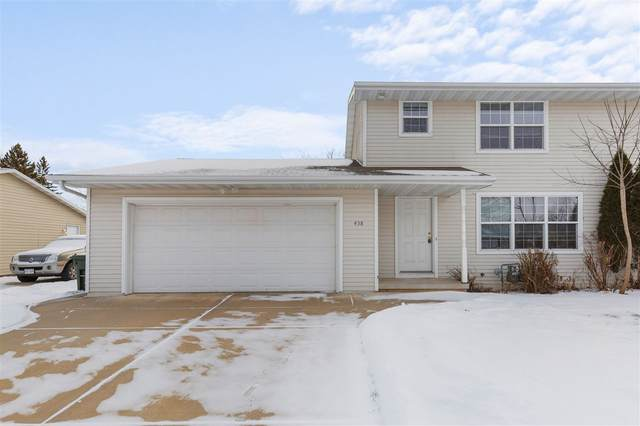 458 S St Bernard Drive, De Pere, WI 54115 (#50235027) :: Town & Country Real Estate